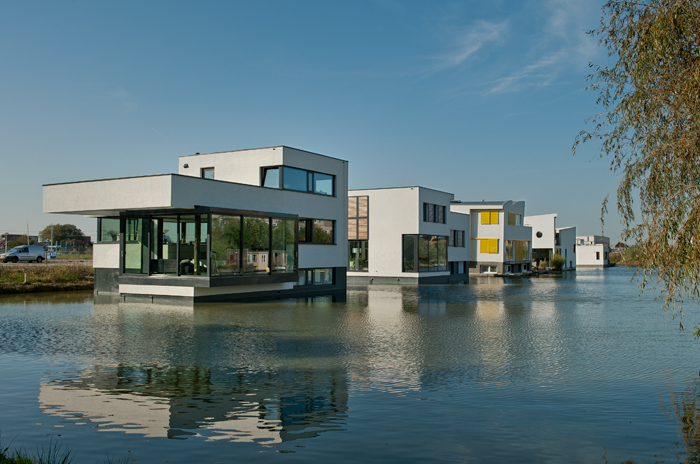 Mebest Engineering office – floating villa's in Delft