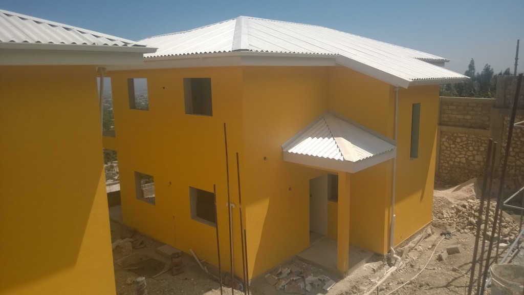 New houses in Haïti almost finished